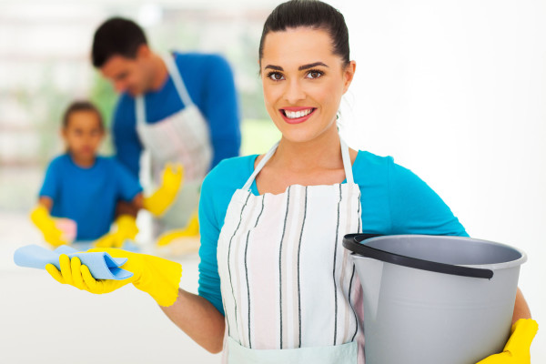 Housemaids Jobs-SALARY 4000AED