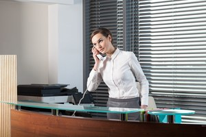 urgently require for Receptionist and therapist